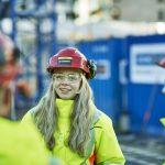Illustrasjonsfoto av folk på byggeplass